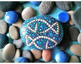 Zodiac sign Pisces Horoscope Painted rock Dotart Dotilism Dot painting