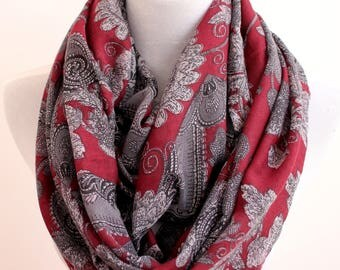 Burgundy Paisley Scarf, Paisley Flower Infinity Scarf, fall scarf, loop scarf, winter scarf, Christmas gift, for her, autumn scarf,