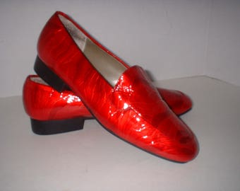 Bellini Red Patent Leather Flat Loafers Shoes Slip On Size 8 M MINT