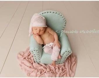 BABY PANT SET: hat pant set, lt. pink, newborn baby set, newborn stretch knit pants, baby photo prop, newborn hat, pant set photography