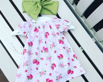 Pretty strawberry BABY GIRLS dress in 100% cotton pink and white fabric in ages 0-3 months 3-6 months 6-12 months - Can be personalised