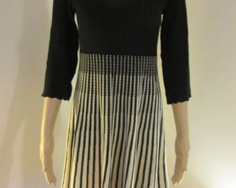 BEAUTIFUL 'French Connection' Black & White Dress - Lovely!!