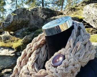 Beige Scarf, Tan Scarf, chunky scarf, infinity, infinity scarf, team, beige, brown, cowl, button cuff scarf, button cuff, button scarf cowl