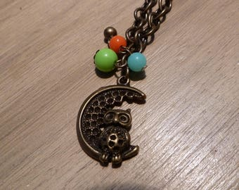 Necklace bronze OWL on Moon