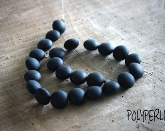 Set of 4 oval synthetic black oval matte black beads