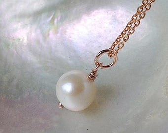 Rose gold pearl necklace, Single pearl pendant, Dainty freshwater pearl necklace, Solitaire pearl necklace,