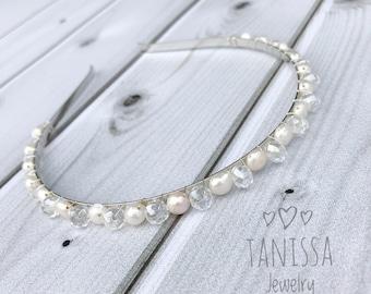 Crystal pearl headband. Crystal pearl hair piece. Wedding headband. Bridal hairpiece. Beach wedding headpiece.Crystal bead hairpiece.
