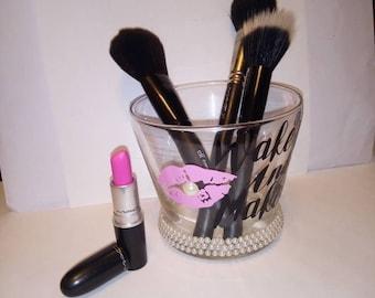 Wake up and make up makeup brush holder
