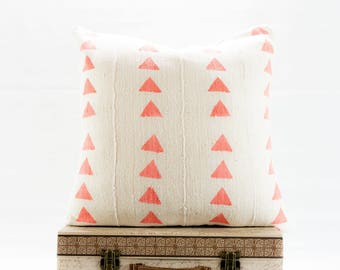 20x20 White Authentic African Mudcloth Pillow Cover, Boho Pillows, Mudcloth Pillows, Boho Chic Pillow Cover, Pink Triangle Print Pillow,