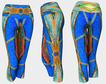 08821 Yoga Capri: Under the Bridge Photography. Yoga Leggings, Yoga Pants, Yoga Tights, Running Tights, Leggings