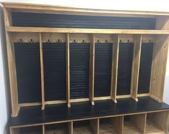 """5-6 stall locker  88-94"""""""