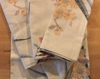 Cloth napkin set/lined/neutral colors/recycled fabric/eco friendly/table linens