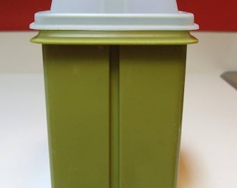 Vintage Tupperware Pickle Keeper Pick A Deli Storage Container Olive Avocado Green Botton Strainer Olives Dill Peppers 3 Pieces Retro EXCLNT