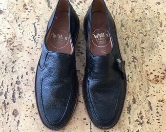 Slippers Will vintage dead stock 1980's black leather loafers / 39 1/2 us