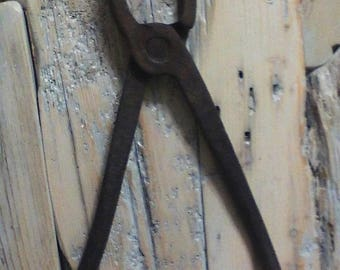 SALE!! Primitive Blacksmith Tongs , Rare Old Blacksmith Tool , Hand Forged Tongs