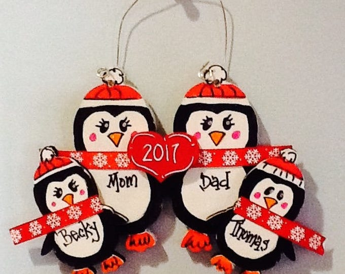 Family ornament 2017,  penguin family ornament, first christmas ornament, penguin ornament, holiday ornament, penguin family, penguin gift