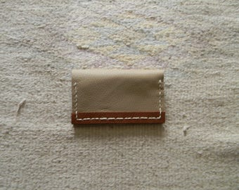 Pouch two-tone beige/brown leather credit card