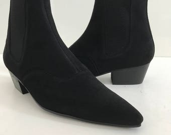 Beat Boots in Black Suede