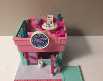 Bluebird Polly Pocket Drive Through Burger Stand