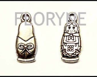 4 charms: antique silver Metal matryoshka Russian doll