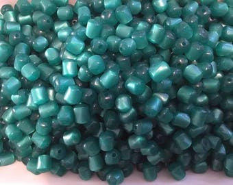 100 Vintage Lucite Moonglow Beads - Emarld Green