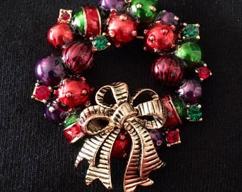 Enamel and Rhinestone Wreath Brooch / Pin