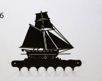 Hangs 26 cm pattern metal keys: sailboat