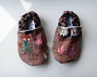 Camping Fox Friends ~ Stay-On Shoes/Slippers ~ Size 12-18 month ~ READY TO SHIP!