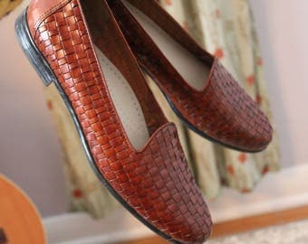 Trotters Woven Tobacco Brown Leather Liz Loafers Size 8.5N