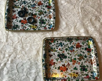 Vintage Daher Decorated Ware Tin Tray Set