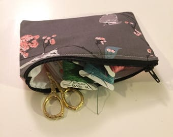 Birds and Berries 4x6  Notions Zipper Pouch