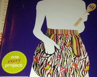 Simplicity E2011 Accessories  Sewing Pattern Easy Craft Project Sewing Apron Misses Apron