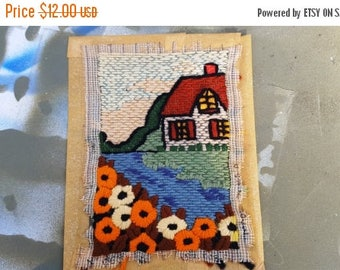 SALE 25% OFF 50s Needlepoint, 50s Wall Hanging, Vintage Needlework Depicting a Cozy House and Flowers, Vintage Wall Hanging