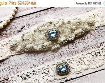 ON SALE Wedding Garter, NO Slip Lace Wedding Garter Set, bridal garter set, pearl and rhinestone garter set, vintage rhinestones Style A1091