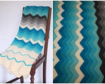Vintage crochet blanket, granny blanket, hand crocheted blanket, afghan, baby blanket, vintage afghan chevron blanket, vintage blue afghan