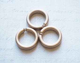 3 golden bronze rings rigid acrylic 17mm