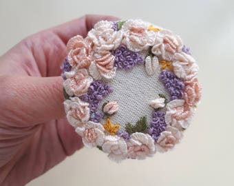 Embroidered Brooch, Embroidered Jewelry, Fabric Jewelry, Textile Brooch, Gift for Mom, Ready to Ship