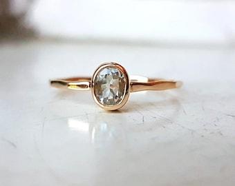 Goldring mit stein  Aquamarine gold ring | Etsy