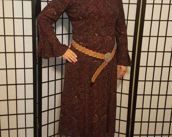 Maroon paisley bell sleeve dress