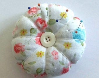 Handmade Pin Cushion, Sewing Gift, Sewing Accessory,  Gift for Her, Mothers Day Gift