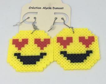 Boucle d'oreille emoji coeur