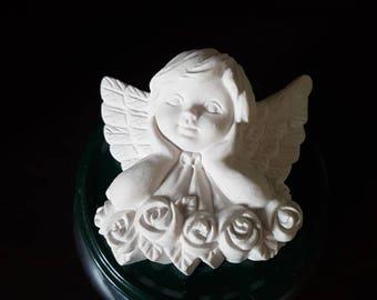 Angel praying in chalk