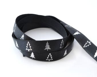 10 mm Christmas trees patterns black satin ribbon