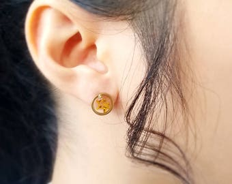 Resin / necklace / yellow/ Resin Stud, Real Flower Jewelry, Dried Flowers, Cool Earring, pressed flowers, terrarium jewelry, Gift for her