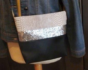Leather Shoulder Bag Black Croc effect / silver glitter band