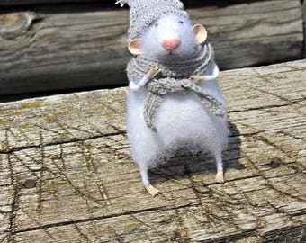 Felt mouse.Little fluffy mouse.white felted mouse, miniature mouse.