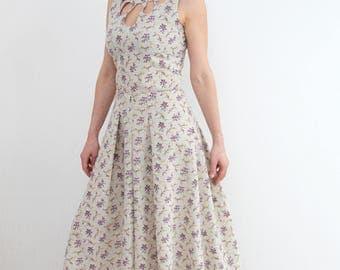 Maxi dress made of cotton.
