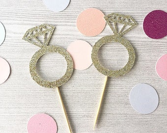 Set of 12 Glitter Diamond Ring Cupcake Toppers / Engagement / Bridal Shower / Food Picks / Stagette / Glittery / Sparkly / Rings