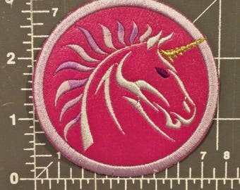 Unicorn embroidered patch w/ iron on backing / FREE SHIPPING to U.S.