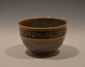 Carved dinnerware bowl